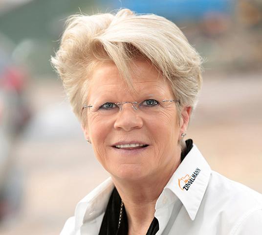Annette Stringos Büroleitung Zingelmann GmbH